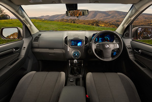 The interior of the 2014 Holden Colorado.