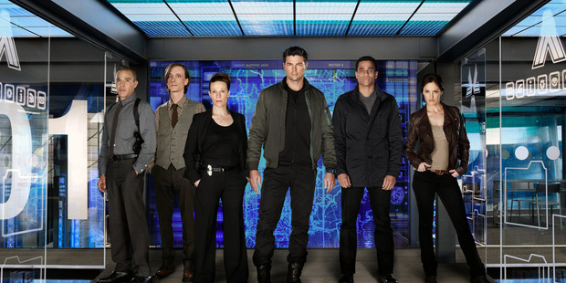Karl Urban, centre, in Almost Human.