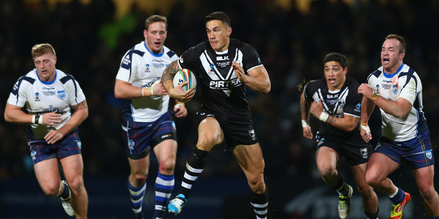 The official word was that Sonny Bill Williams (centre) had a minor upper back sprain after his 'crusher' tackle yesterday. Photo / Getty Images