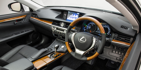 The Lexus ES300h Limited features bamboo trim.