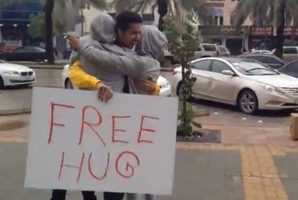 Abdulrahman al-Khayyal was inspired by a free-hug campaign on YouTube.
