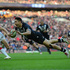 Shaun Johnson of New Zealand scores the winning try during the Rugby League World Cup Semi Final. Photo / Getty Images
