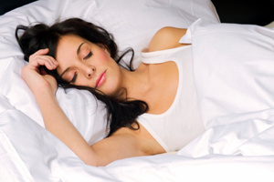 Sleep-deprived people are perceived as more fatigued, less attractive, sadder and less healthy - research. Photo / Thinkstock