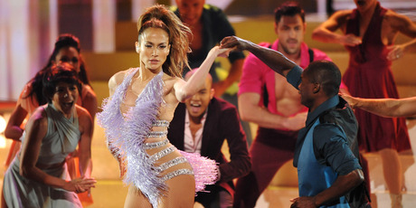Jennifer Lopez performs at the American Music Awards. Photo / AP
