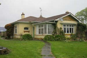 The large, run-down Invercargill house which is on the market for just $1. Photo / TradeMe
