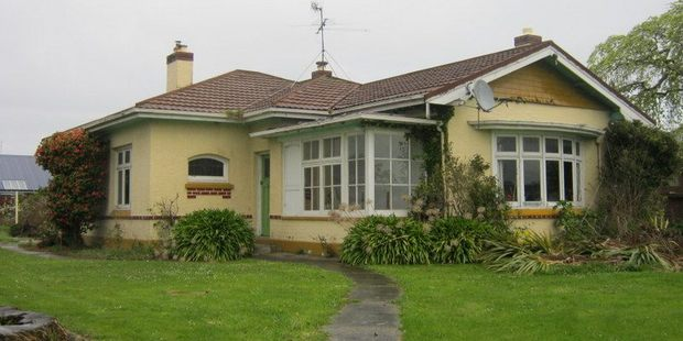 The $1 house that nobody wants to buy. Photo / TradeMe
