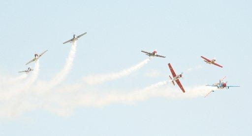 Wings Over Wairarapa Airshow, Hood Aerodrome Masterton, Saturday, Yaks break formation
