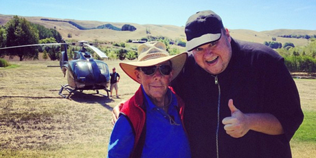 Kim Dotcom meets Paul Holmes.  Photo / Twitter/Instagram