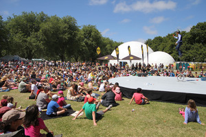 World Buskers Festival - North Hagley Park Crowd watching Mr Fish. Photo / Geoff Sloan