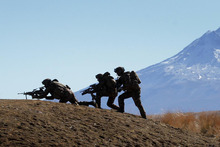 New Zealand Army troops. Photo / Alan Gibson