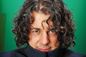 Alan Davies comes across as cheery, silly, and quick-witted. Photo / Supplied