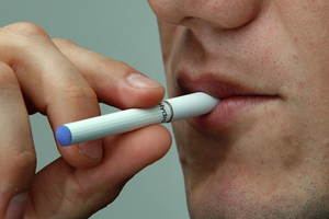 E-cigs are found to be more useful for those wanting to quit. Photo / NZ Herald