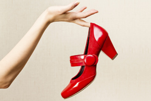 Could a shoe-toss tell you if you'll find love this Christmas? Photo / Thinkstock