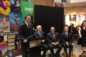 John Key announcing this morning three new Avatar films will be made in NZ.