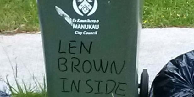An Auckland resident vents feelings about Mayor Len Brown.