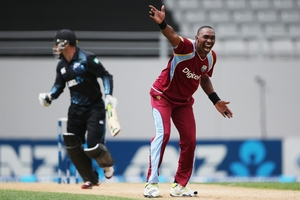 Dwayne Bravo appeals unsuccessfully for an lbw during the first ODI at Eden Park on Boxing Day. Photo / Getty Images