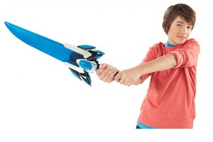 Max Steel with Turbo Sword.