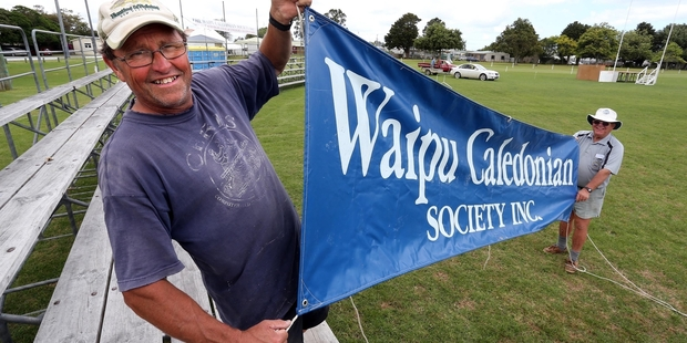 READY TO ROCK: Waipu Caledonian Society committee member Ted Hart (left) and chairman Don Ewen prepare for the Waipu Highland Games tomorrow. PHOTO/JOHN STONE