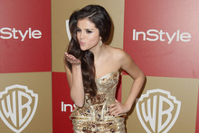 Justin Bieber's mum Pattie Mallette says Selena Gomez (above) is a sweetheart and wishes the pair would reunite. Photo / AP
