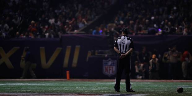 A power outage has halted play at the Super Bowl in New Orleans. Photo/AP