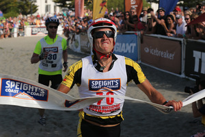 Braden Currie finishes strongly to claim victory in the Coast to Coast. Photo / Martin Hunter