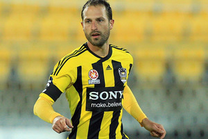 Club captain Andrew Durante has stressed the importance of the next week for the Wellington Phoenix. Photo / Getty Images.