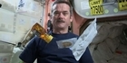 Watch: Astronaut Chris Hadfield's space kitchen