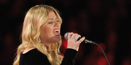 Kelly Clarkson performing at the Grammy Awards. Photo/AP