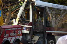 The Howick & Eastern bus crashed into a tree just a few metres from the front of a house in Hill Rd, Manurewa. Photo / Monique Lee/Supplied