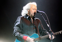 Barry Gibb kept his brothers and extended family close in his concert. Photo / APN