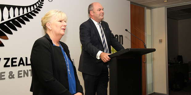 Sue Suckling and Steven Joyce at Callaghan innovations launch. Photo / NZH