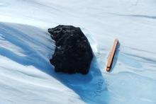 An 18kg meteorite found by the Belgo-Japanese SAMBA meteorite team during a field trip on the Nansen Ice Field Photo / International Polar Foundation/Vinciane Debaille