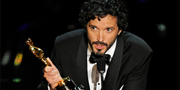 Bret McKenzie delivers his Oscar acceptance speech.