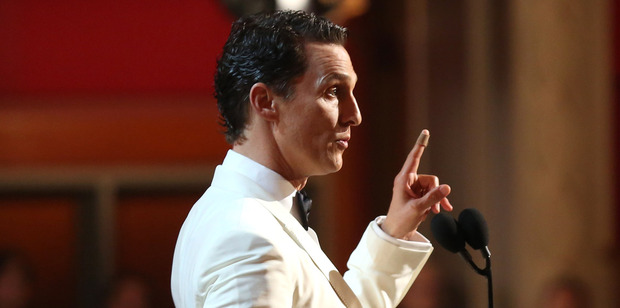 Matthew McConaughey accepts the award for best actor in a leading role for Dallas Buyers Club during the Oscars. Photo/AP