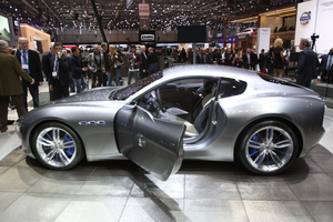 All new Maserati Alfieri shines under the Geneva spotlight.