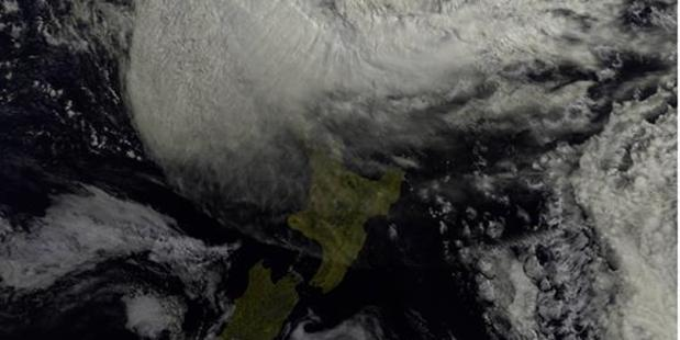 Lusi is on the way - prepare for power cuts, says Vector. Photo / MetService via NOAA