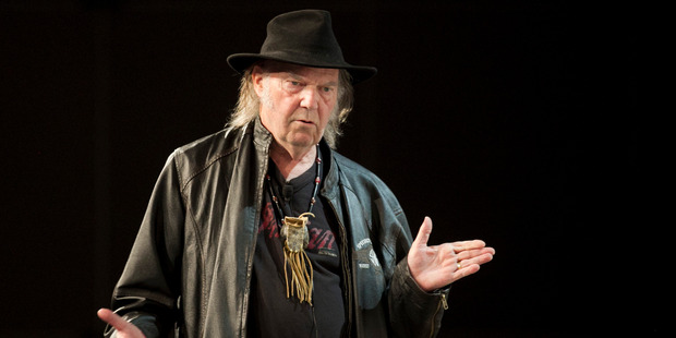 Neil Young used thousands of albums to build a roof for his barn. Photo/AP.