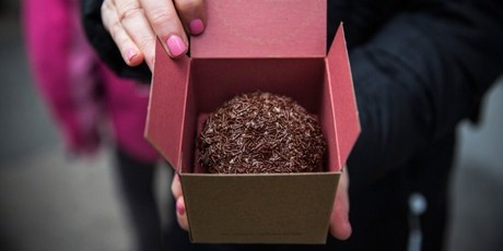 A delicious cupcake ordered from a Cupcake ATM created by Sprinkles bakery in New York City. Photo / AFP