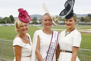 It was a big win for this three-generation family in the Shiseido Fashions in the Field competition: (from left) Valwyn Harman, Anna Campbell and Eleanor Campbell. Photo/Andrew Warner