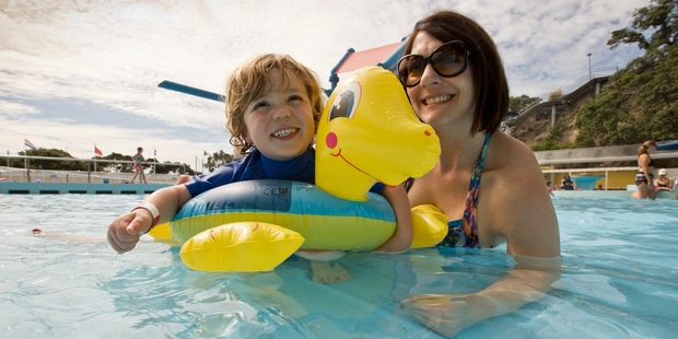 Ryan Rooke, 3, and mother Elize make the most of the warm weather at the Parnell Pools. Photo / Greg Bowker