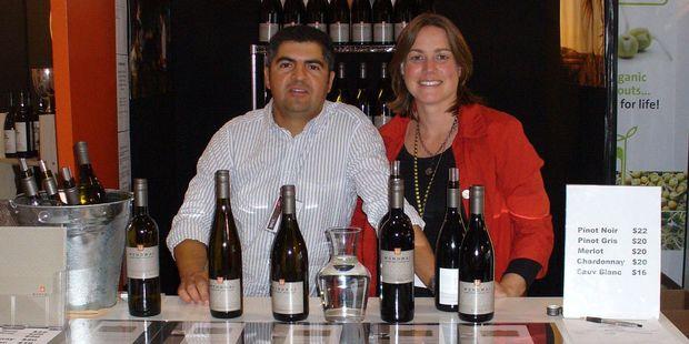 Marcelo Nunez and Emma Lowe of Monowai Estate.
