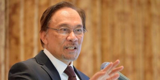 Anwar Ibrahim delivers a speech. Photo / AFP