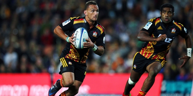 Aaron Cruden's broken thumb has caused chaos for the Chiefs. Photo / Getty Images