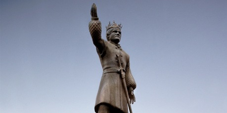 The statue of King Joffrey was toppled after five days.
