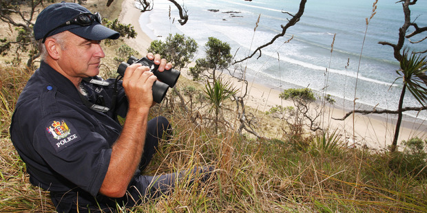 Cliff Metcalfe is urging people to take phones with them in the bush.