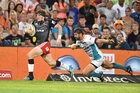 Colin Slade had his best game of the season in scoring 25 points against the Cheetahs in Bloemfontein. Photo / Getty Images
