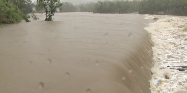 Loading Cooktown is experiencing severe flooding following Cyclone Ita.