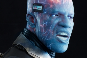 Jamie Foxx lights up the screen as lead baddie Electro.