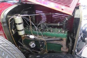 The straight-eight engine has an evocative chugga-chugga soundtrack as it cruises along.