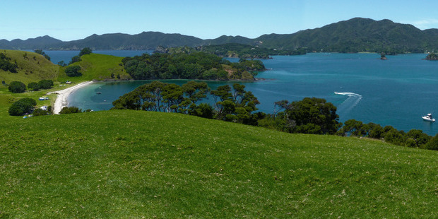 Urupukapuka was the Bay of Islands' food basket in pre-European times and is still home to many significant archaeological sites. Photo / Creative Commons image by Wikimedia user Brownfish